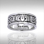 Claddagh Wedding Band - PS International