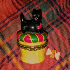 Scottie Dog Trinket Box with Bone