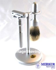 Merkur Futur 3-piece Safety Razor Shaving Set Chrome