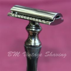 Double Edge Safety Razor – Charcoal Chrome Horn Handle