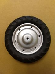 Tractor Tire On Wheel Ertl ET1T